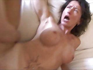 Französische MIlf hat unglaublichen orgasmus